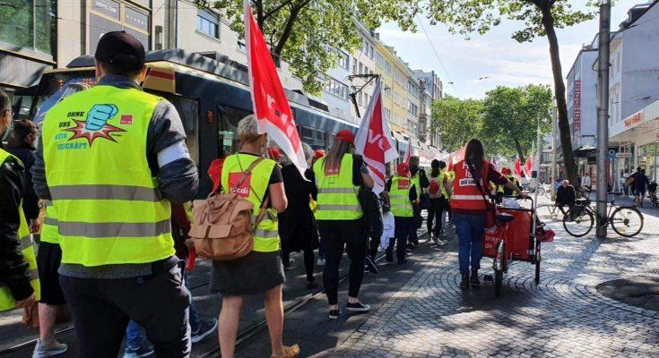 Streikdemo in Karlsruhe